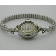 Waltham 17 Jewel, 6 3/4 X 8 Ligne, Ladies' Vintage Wristwatch. Running Strong