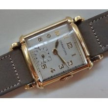 Art Deco Vintage Crawford Solid 14 K Gold Mechanical Watch