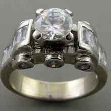 9+gms Sparkling White Cz 925 Sterling Silver Ring Sz9 F