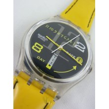 Gk714 Swatch 1995 Canard Laquer Date Day Yellow Swiss