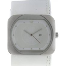 L001GUCCRW-1 Levis Mens White Dial And Leather Strap Watch
