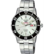 Men's Stainless Steel Seiko 5 Sports Automatic Silver Dial Day Date