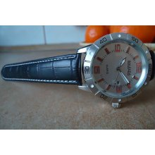 Genuine Leather Stainless Steel Back Date Water Resistant Round Watch For Men 55