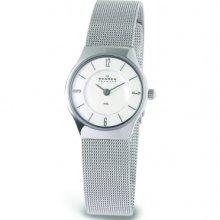 Skagen 233xsss Ladies White Mop Dial Mesh Watch £99