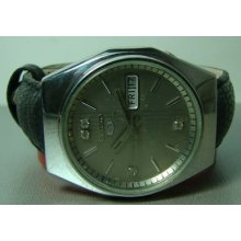 Superb Mens Vintage Seiko Automatic Day Date Old Used Wrist Watch Original Dial